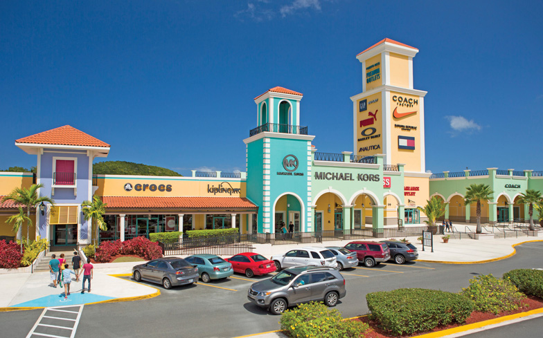 4.-Shopping---Premium-Outlets,-Puerto-Rico