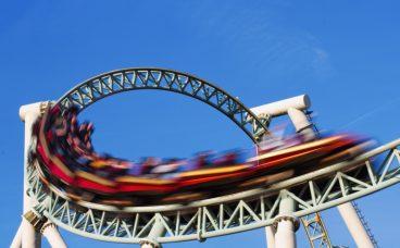 adobestock_37335171_rollercoaster