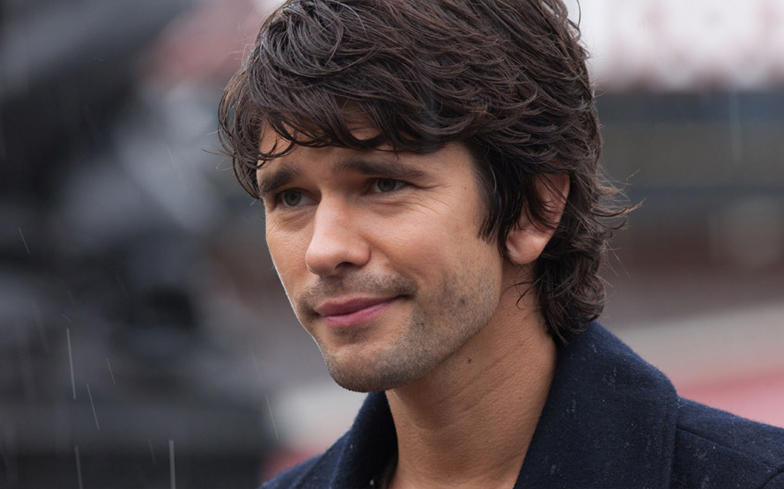 Ben Whishaw reveals he had therapy to help him come to terms with his sexuality