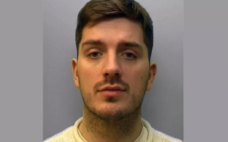 Daryll Rowe found guilty of deliberately infecting Grindr