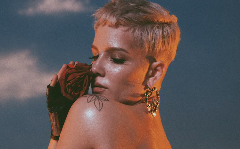 Halsey confronts people doubting her bisexuality with brilliant PSA