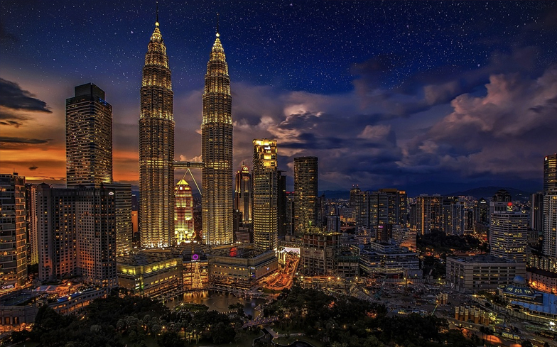 Malaysian man wins landmark case against Islamic gay sex ban