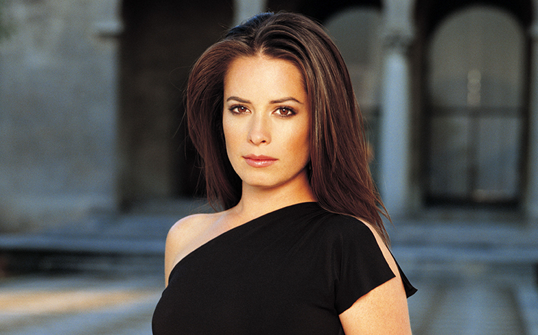 Holly Marie Combs says Charmed fans