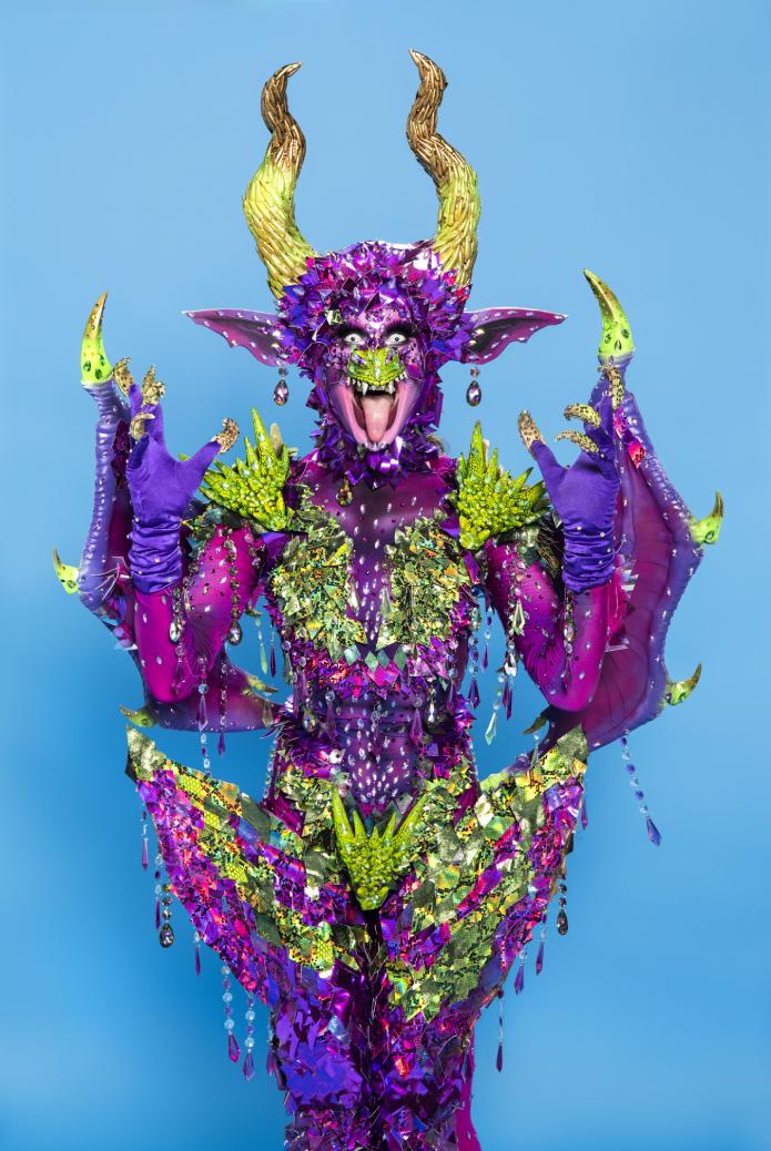 ЛГБТК всего мира болеют за этих 12 Drag королев
